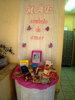 Exposição em homenagem ao Dia das Mães (Foto: Reprodução)