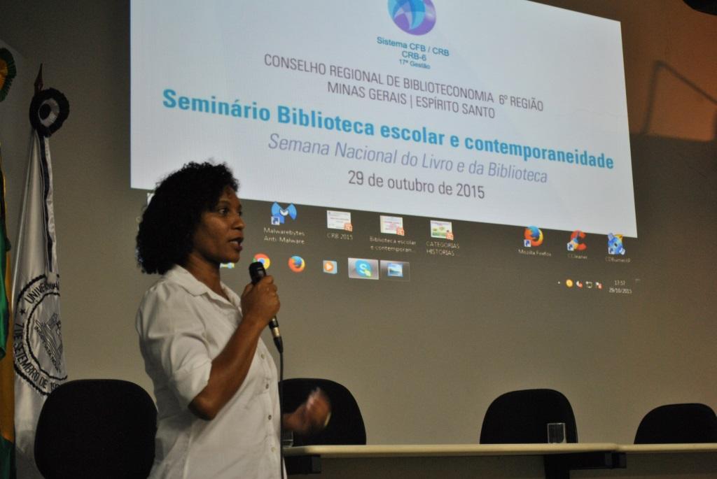 Sindier Antônia proferiu o discurso de encerramento do evento na UFMG