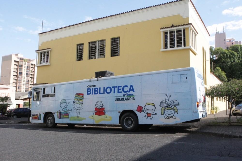 Ônibus Biblioteca estará em dois bairros de Uberlândia até sexta-feira (29) (Foto: Prefeitura de Uberlândia/Divulgação)